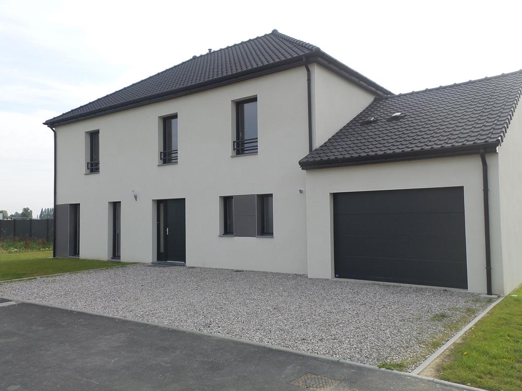 Maison familiale lille maison avec veranda strasbourg for Garage a louer le bon coin